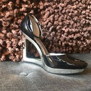 Like New!! Jessica Simpson Wedge Shoes - Size 9.5